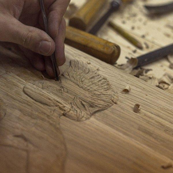 Tallando a mano Longboard