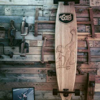 cafe racer Dreams longboard edicion limitada