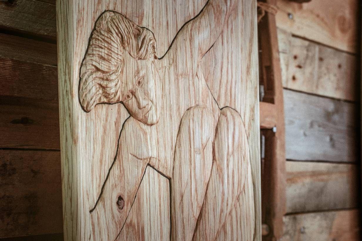 Detalle tallado longboard edicion limitada