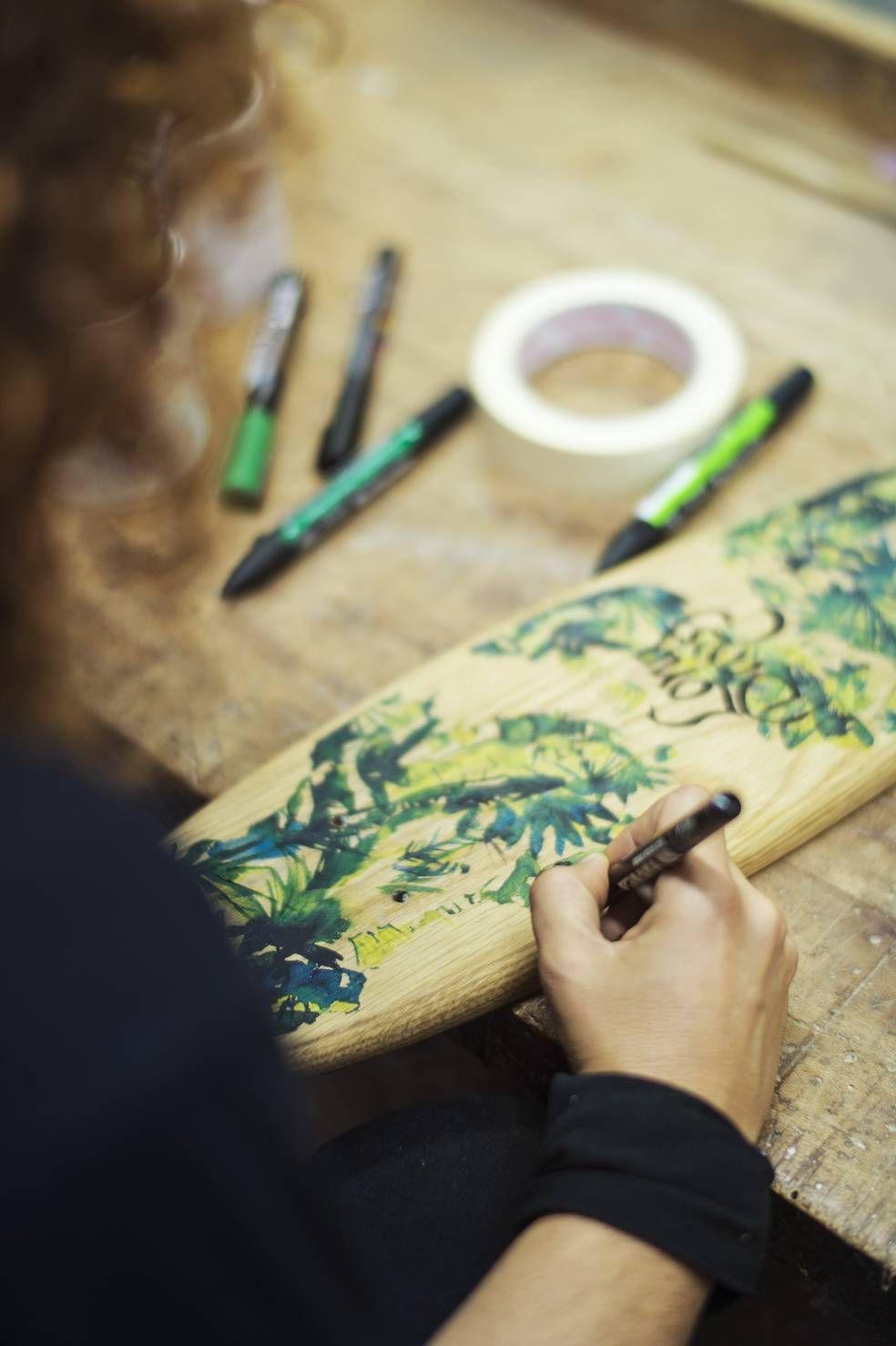 Artista Lola en acciòn /Long Days/Longboard