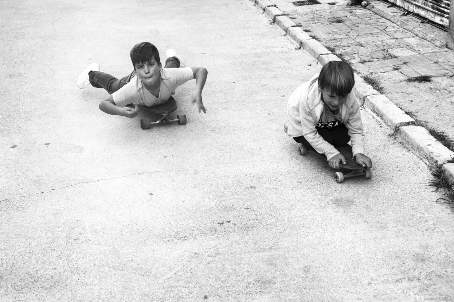 Niños Riders/Long Days/Longboard