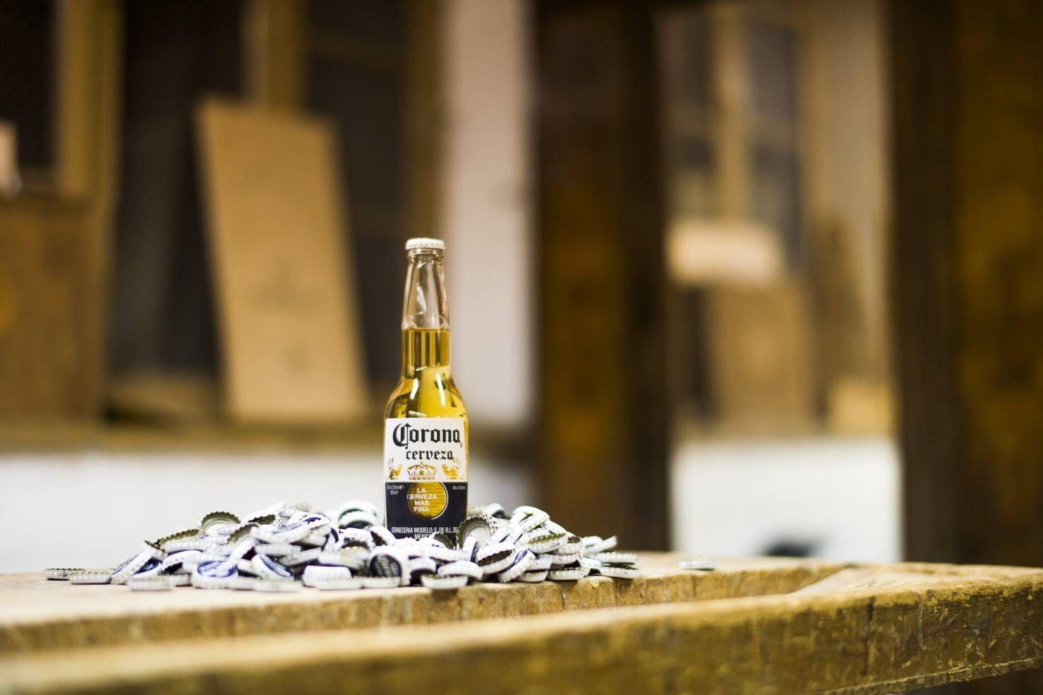 Cerveza Corona/Long Days/Longboard